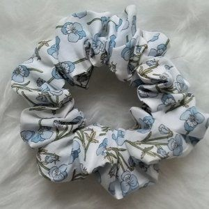 🌸3 for $24-Handmade Liberty of London Scrunchie